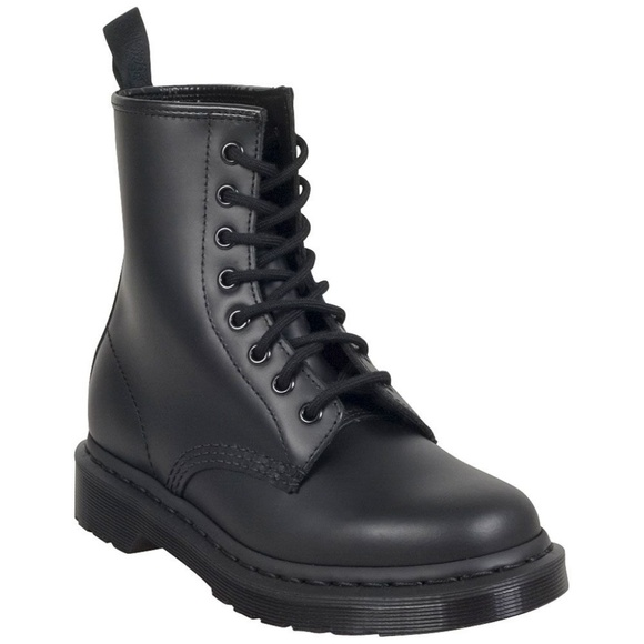 06ba345ca98 Dr martens 1460 mono boots in size 10 mens US NWT NWT